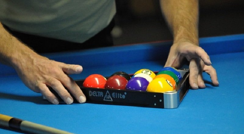 Rack Pool Balls