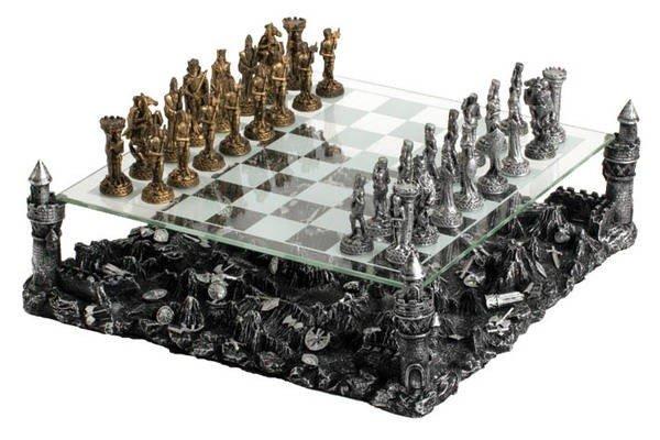 Knight Chess Set