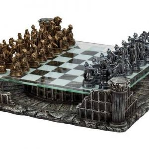 Roman Gladiator Chess Set